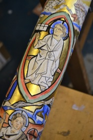 our_lady_and_st_catherine_of_siena_bow_paschal_candle_christ_in_glory_detail_2018_mike_quirke_